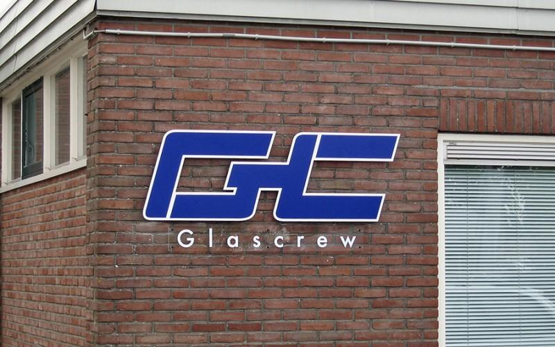 Glascrew, glashelder paneel voorzien van folie
